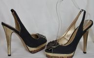 Black And Gold Heels 17 Background
