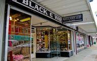 Black & White Shop 27 High Resolution Wallpaper