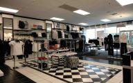 Black & White Shop 45 Free Wallpaper