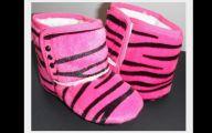 Hot Pink Black Shoes 10 Background Wallpaper