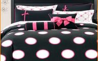 Pink And Black Bedding 15 Background Wallpaper