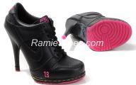 Pink And Black Shoes Heels 30 Desktop Wallpaper