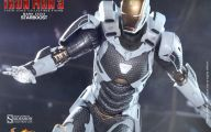 Black And Yellow Iron Man Suit  21 Cool Hd Wallpaper
