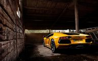 Black And Yellow Lamborghini Wallpaper 4 Background Wallpaper