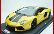 Black And Yellow Lamborghini Wallpaper 9 Background