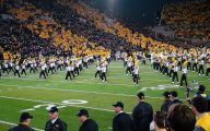 Black And Gold Games 67 Hd Wallpaper