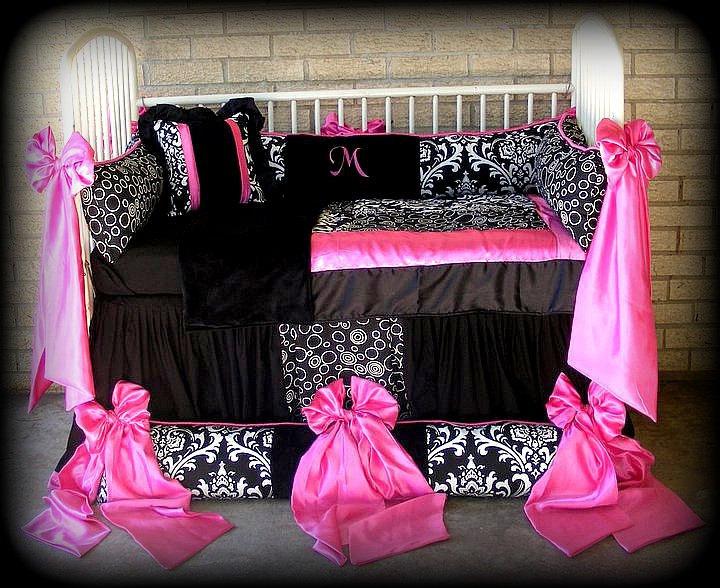 Black And Pink Bedspreads 1 Background