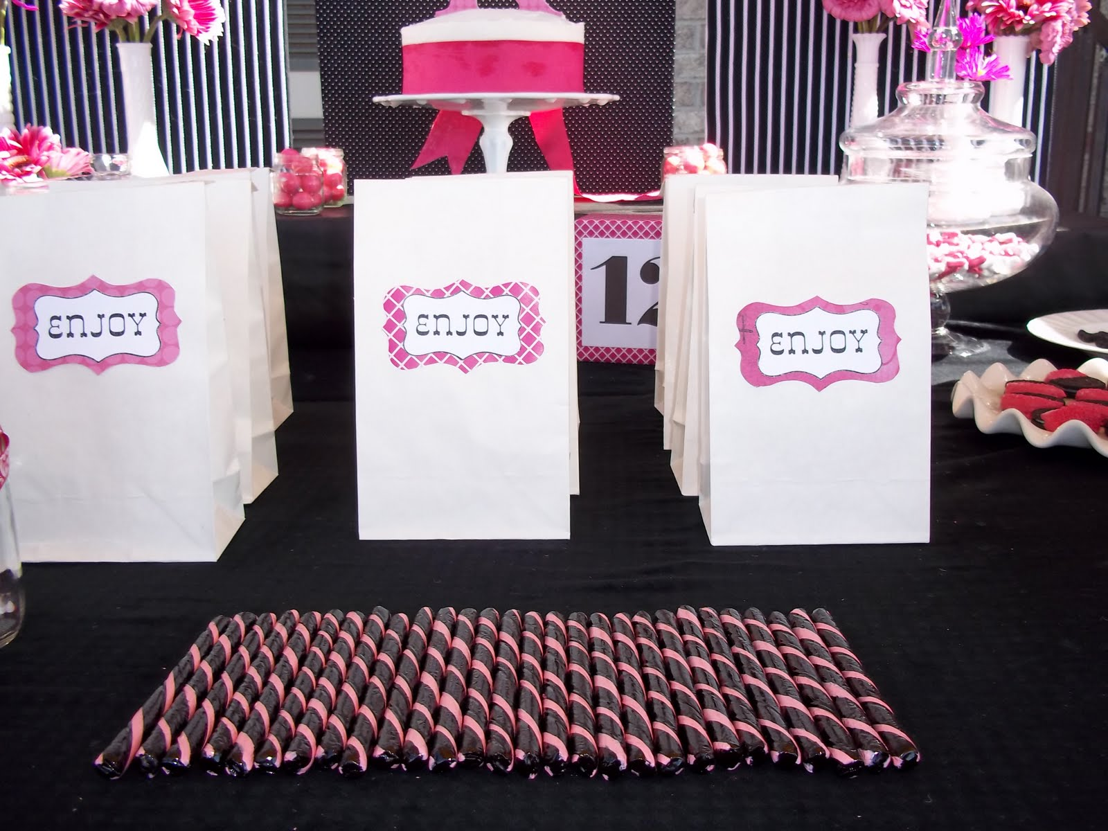 Pink And Black Party Decorations 32 Background