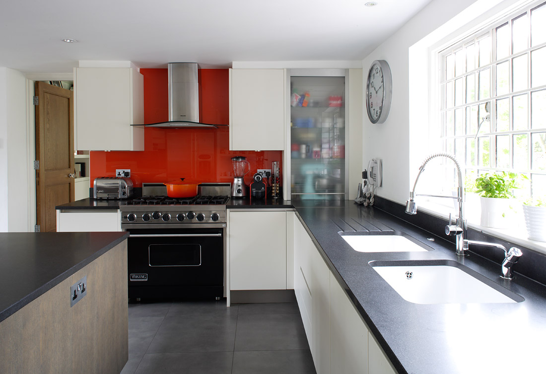 Red and black colors 19 cool wallpaper Modular kitchen designs red white