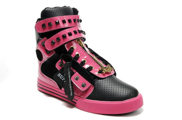 Black And Pink Boots 19 Hd Wallpaper
