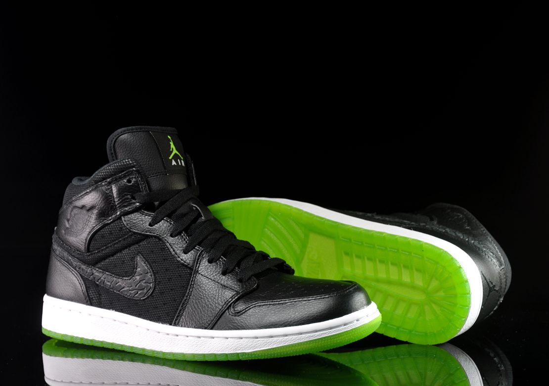 Green And Black Jordans 34 High Resolution Wallpaper