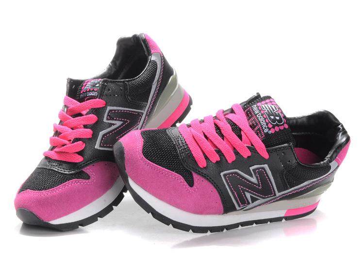 Hot Pink Black Shoes 14 Background - Hdblackwallpaper.com