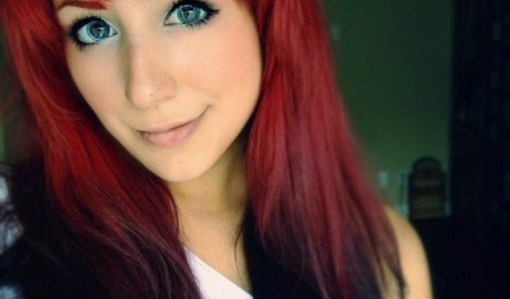 Red And Black Hair Dye 5 Wide Wallpaper