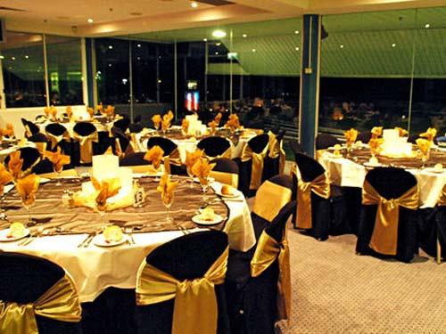 gold and black table decorations \u2013 Loris Decoration