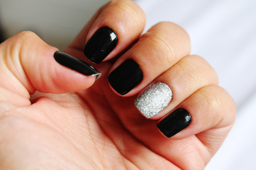 Black And Silver Nails  11 Background