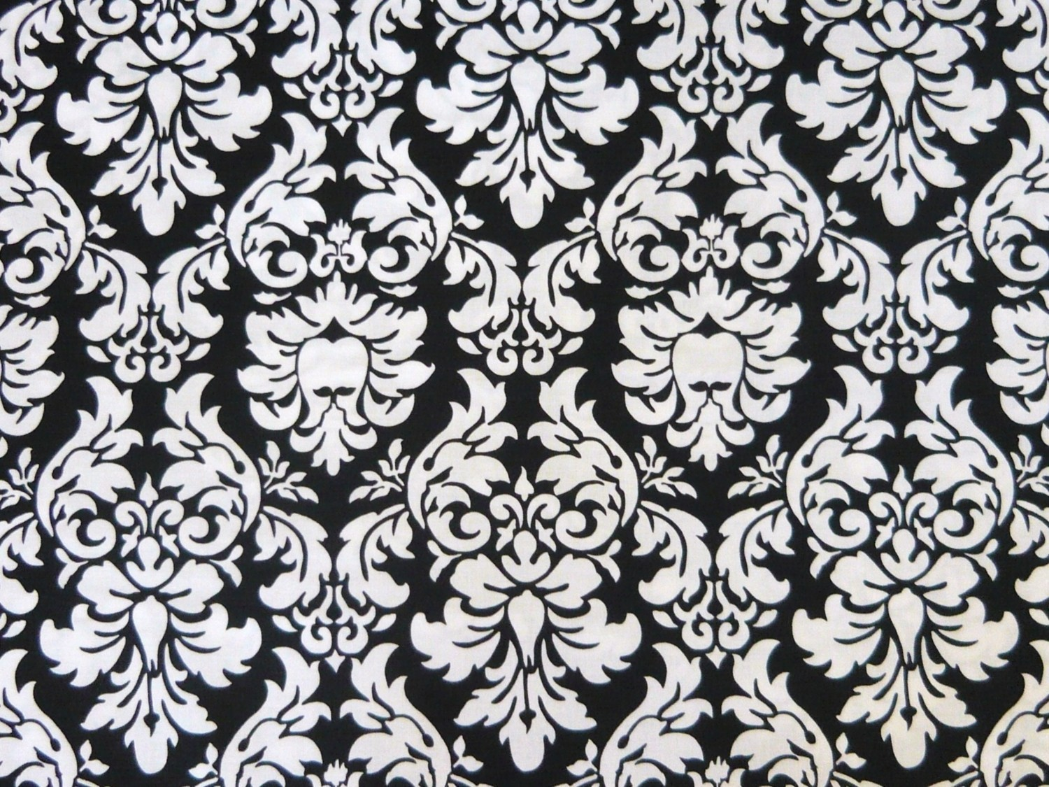Black and white damask wallpaper 14 background for Black white damask wallpaper mural