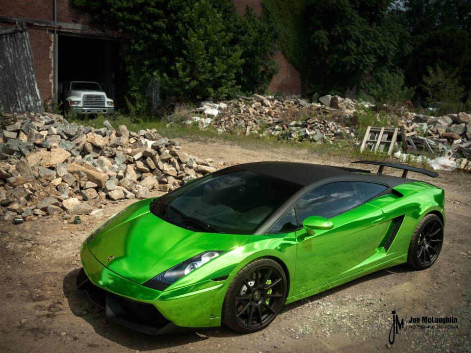 Green And Black Lamborghini 12 - 140.7KB