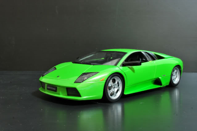 Green And Black Lamborghini  13 Cool Wallpaper
