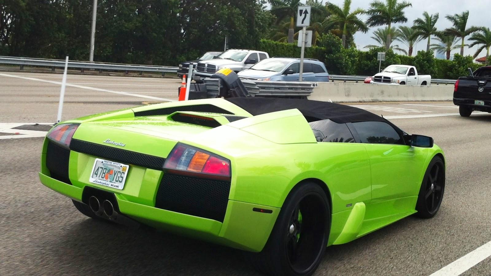 Green And Black Lamborghini 26 - 267.7KB