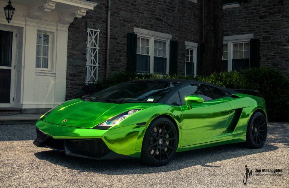 Green And Black Lamborghini 5 Wide - 109.5KB