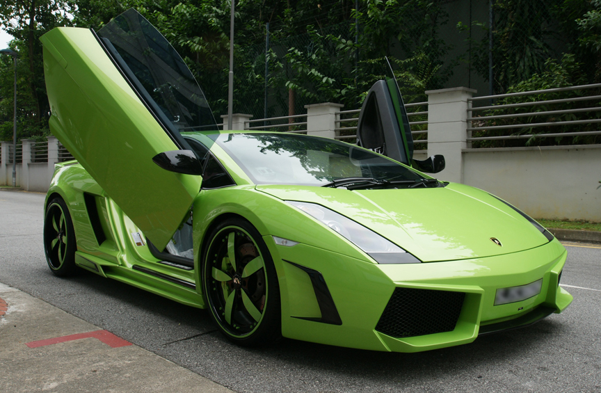 Green And Black Lamborghini  28 High Resolution Wallpaper
