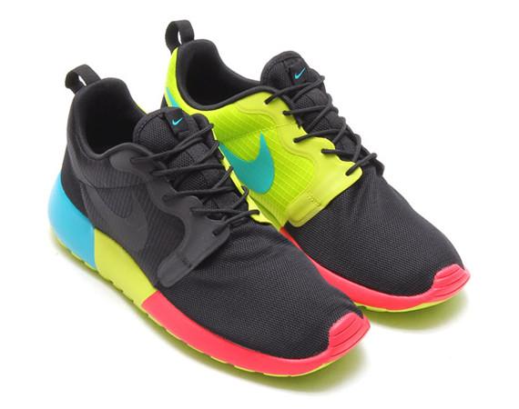 Nike Roshe Fond Rouge Vert Noir