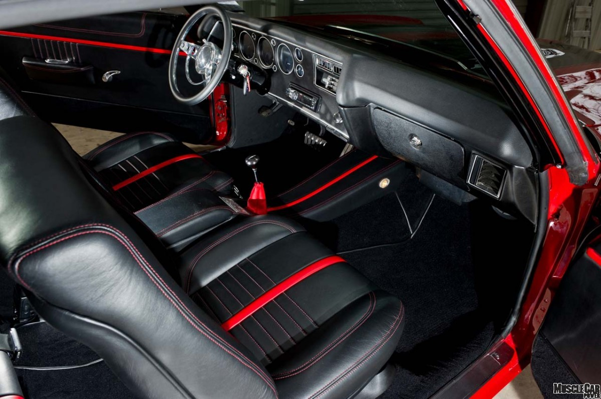 red and black muscle cars 15 desktop wallpaper. Black Bedroom Furniture Sets. Home Design Ideas