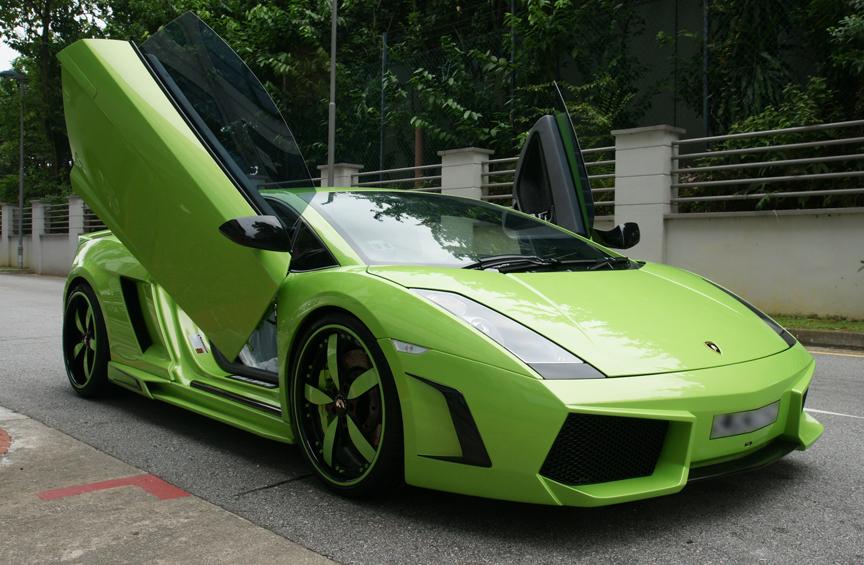 Black And Green Lamborghini 10 - 439.2KB