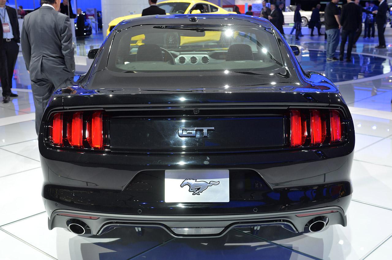 Black Ford Mustang  2 Desktop Background
